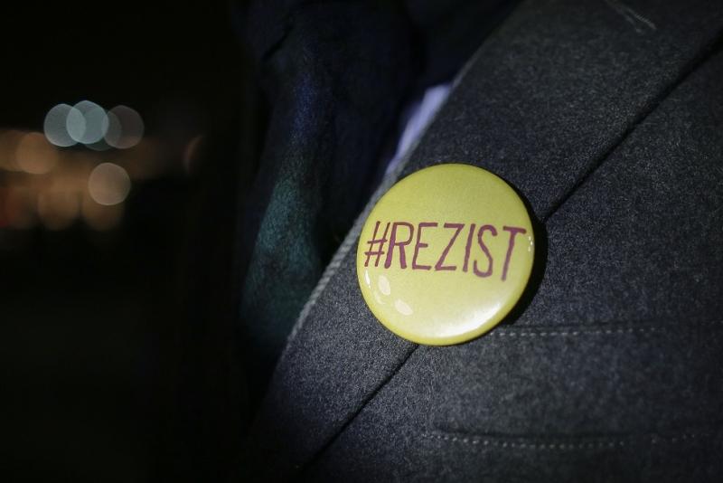 Campanie de dezinformare pe conturile PSD împotriva mișcării #REZIST