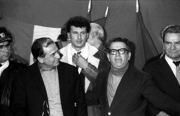 Știrile false nu s-au inventat acum. Le-a folosit Froim Bernard, a.k.a. Teodor Brateș, în decembrie 1989