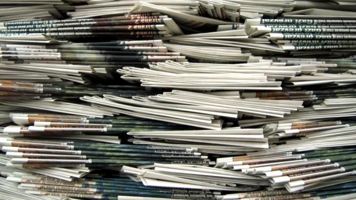 Careu de ași în presă: pilotul unui serial dedicat jurnalismului românesc. By Mediastandard & Ediția de dimineață