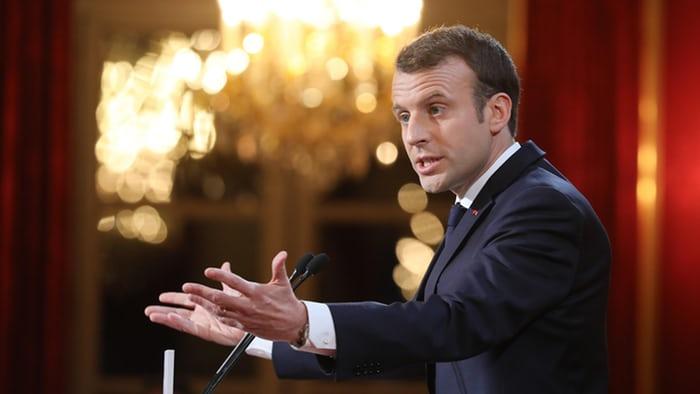 Războiul lui Emmanuel Macron împotriva știrilor false începe într-o joi