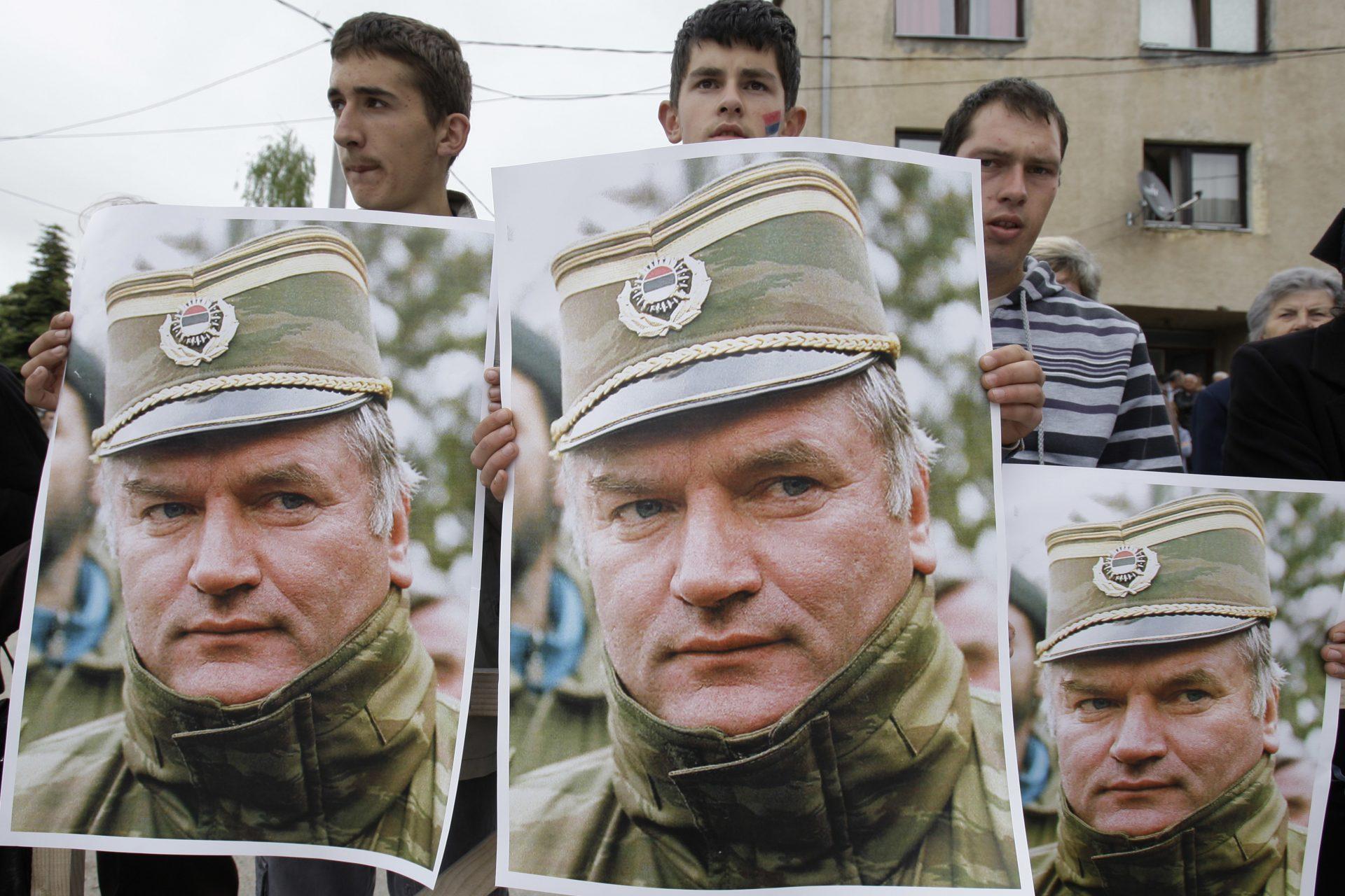 Propaganda lui Putin îi ridică osanale criminalului GENOCIDAR Ratko Mladic! EXCLUSIV
