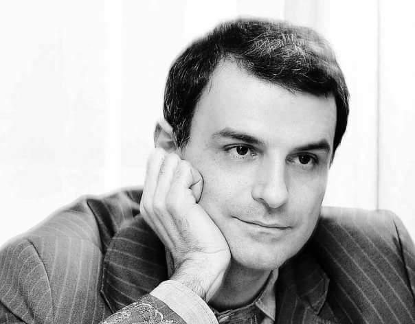 Oamenii care fac legea în online: Lucian Mîndruță