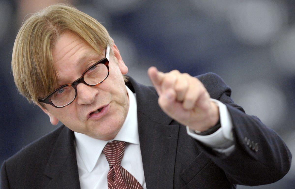 Guy Verhofstadt cere investigarea campaniilor de dezinformare duse de Rusia în UE