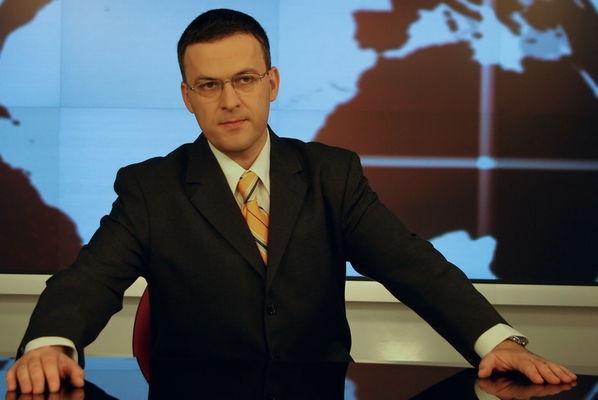 Oamenii care fac legea în online: Răzvan Dumitrescu