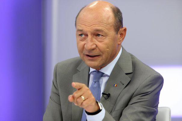 Băsescu, o nouă postare virulentă la adresa guvernării PSD