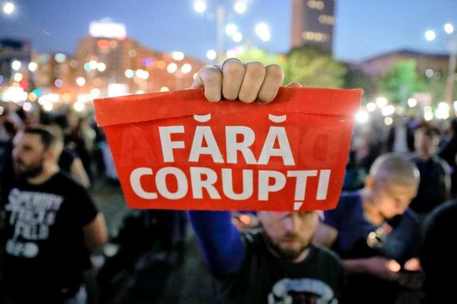 România, la coada democrațiilor din Uniunea Europeană