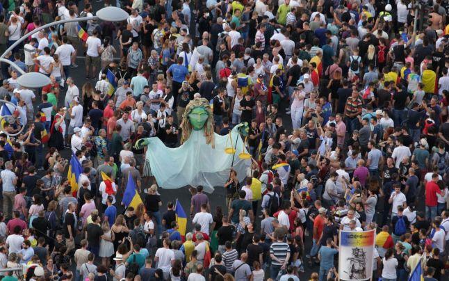 Presa internațională, primele reacții la protestul diasporei