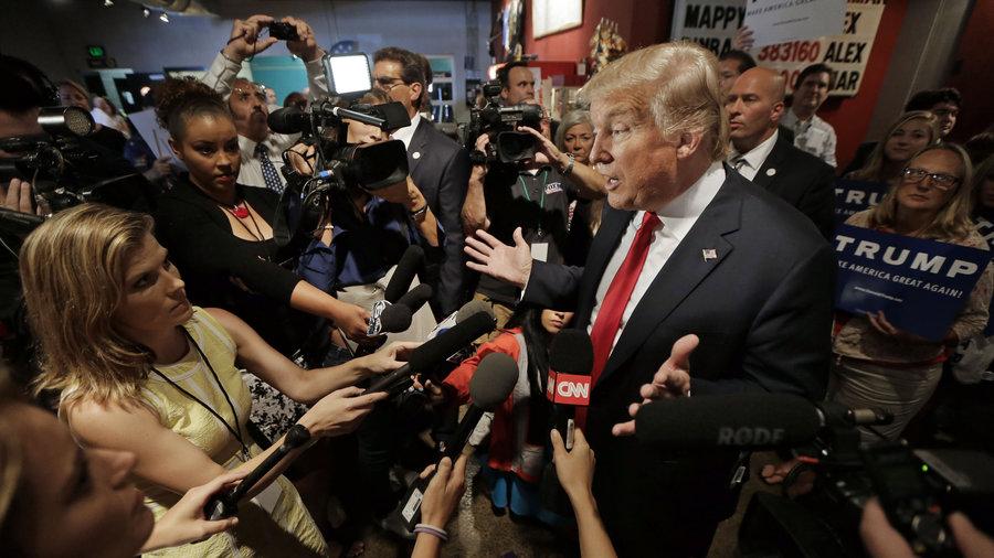 Jurnaliștii din America au lansat o campanie privind libertatea presei, după atacurile lui Trump