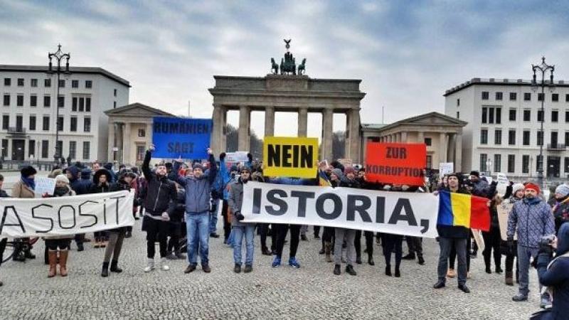 Fruntași la imigrația internă în UE. Unde se află marile comunități de români