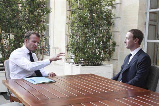 Macron a anunțat un parteneriat între Franța și Facebook pentru reducerea discursului instigator la ură