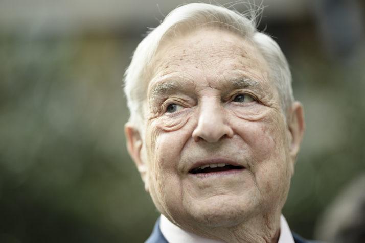 O firmă de PR a fost angajată de Facebook pentru a afla informații despre Soros