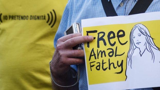"""Egipt: o activistă a fost închisă că """"a răspândit fake news"""", după ce a denunțat public hărțuirea sexuală"""