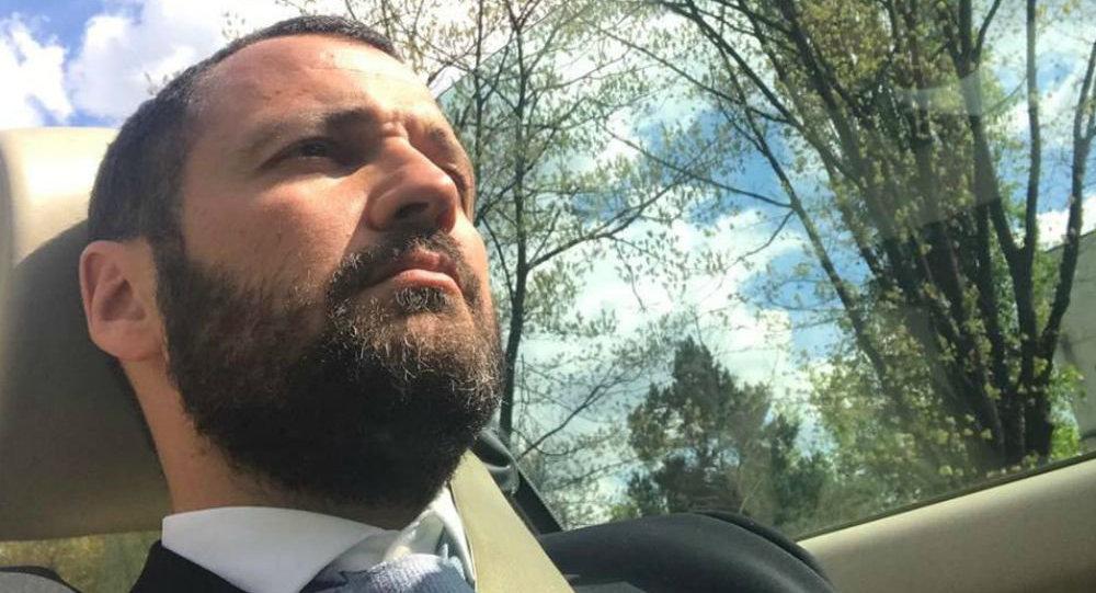 Despre Dan Chitic, avocatul promovat intens de propagandiști