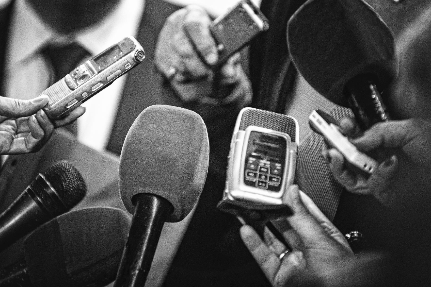 Peste 600 de jurnaliști au murit de COVID în 2020