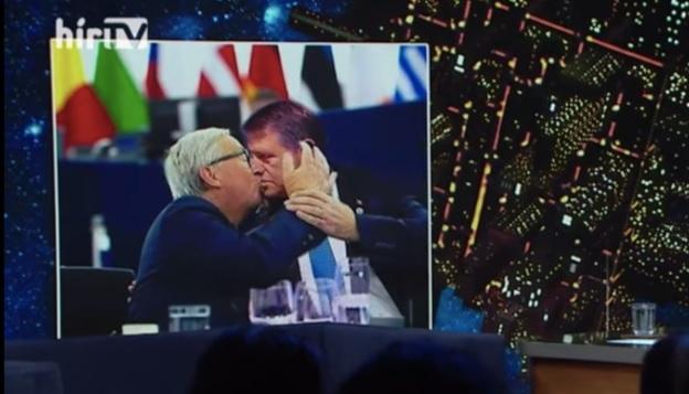 Fake news grosolan în Ungaria: Trucaj foto în care Iohannis se sărută cu Juncker