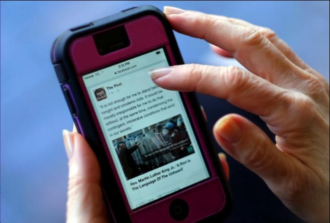 Cum au schimbat rețelele de socializare modul în care scriem și consumăm presă