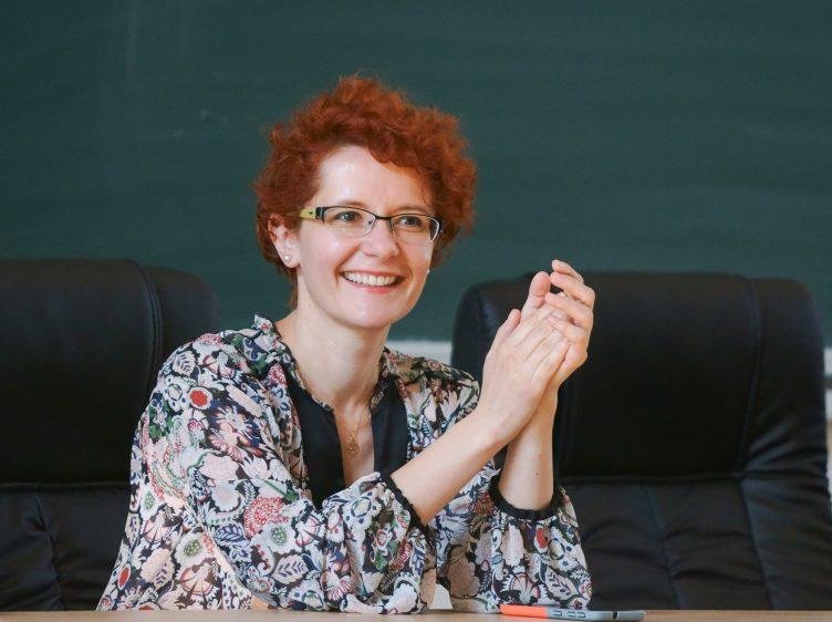 """EXCLUSIV Joaca cu etica jurnalistică, o sabie cu două tăișuri? Raluca Radu: """"Neîncrederea în presă duce la faliment"""""""