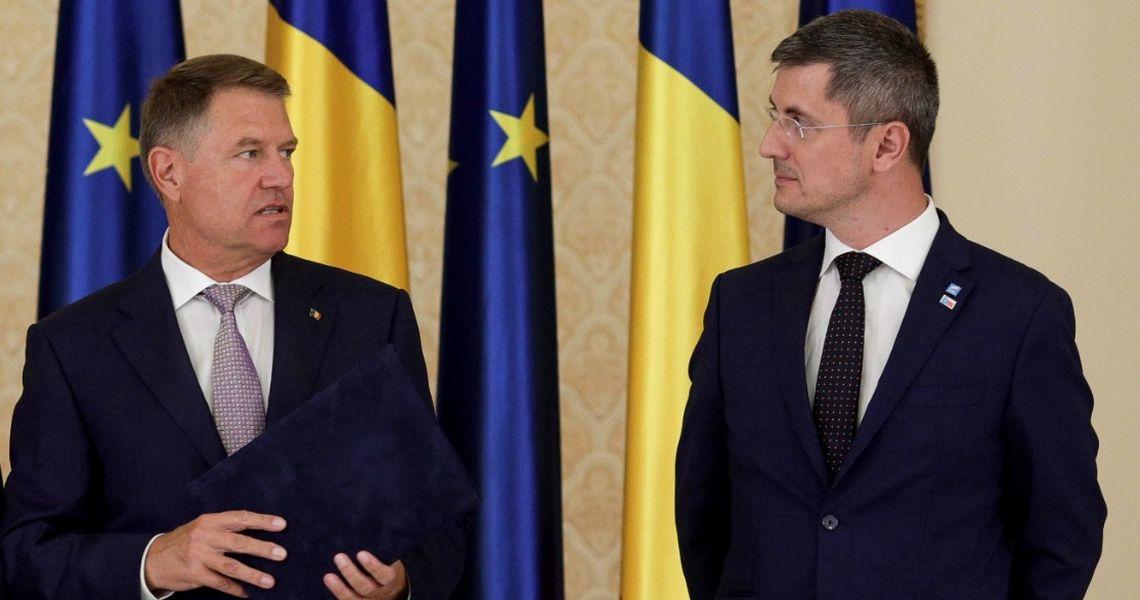 UPDATE Cine-l atacă pe Iohannis în online? Primele semne duc la USR