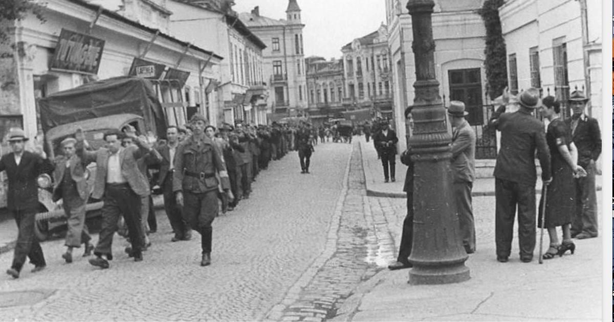 Doar unul din trei români știe de implicarea României în Holocaust. O combinație între delăsarea sistemului și manipularea negaționiștilor