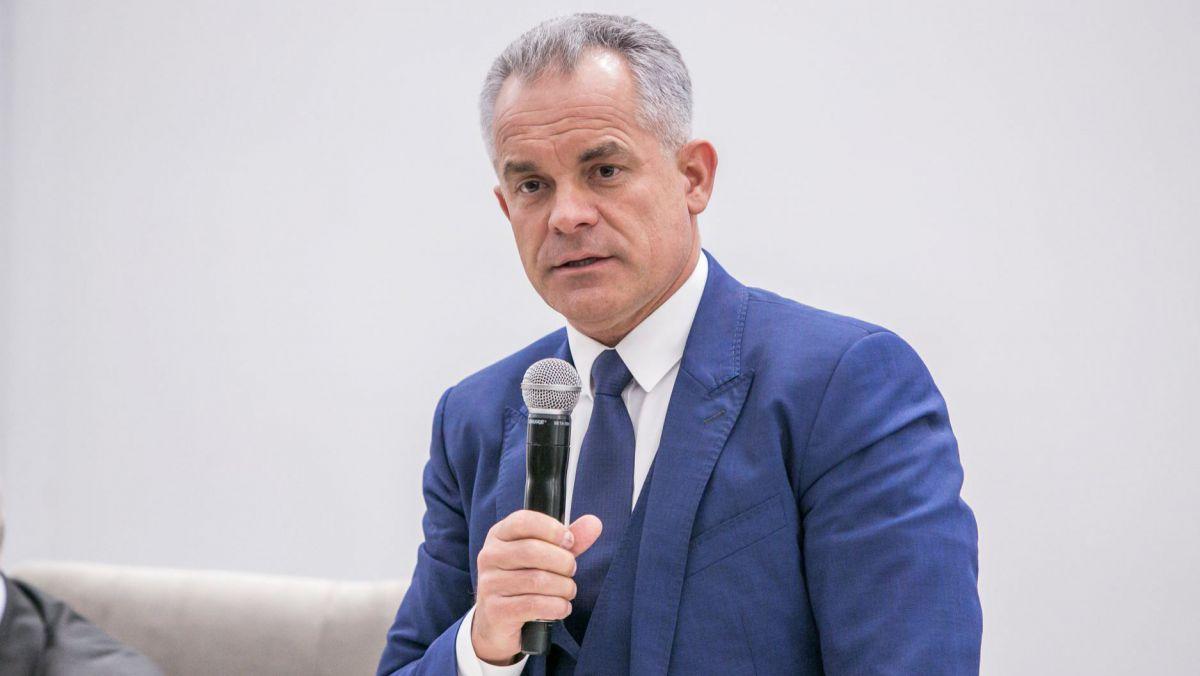 Oligarhul Plahotniuc vrea să cumpere un post TV din România