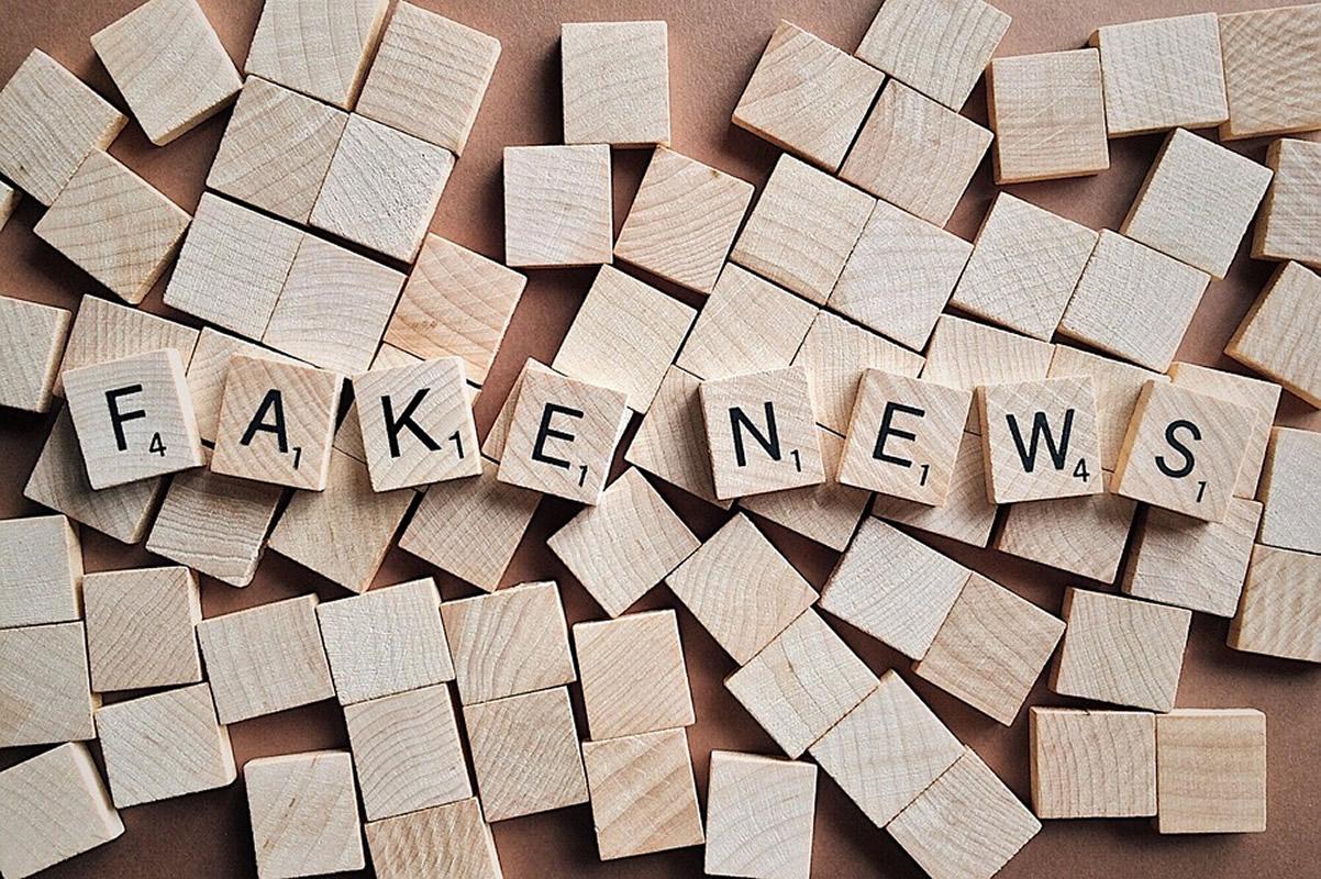 Fake news există pentru că oamenii sunt convinși că ei au dreptate