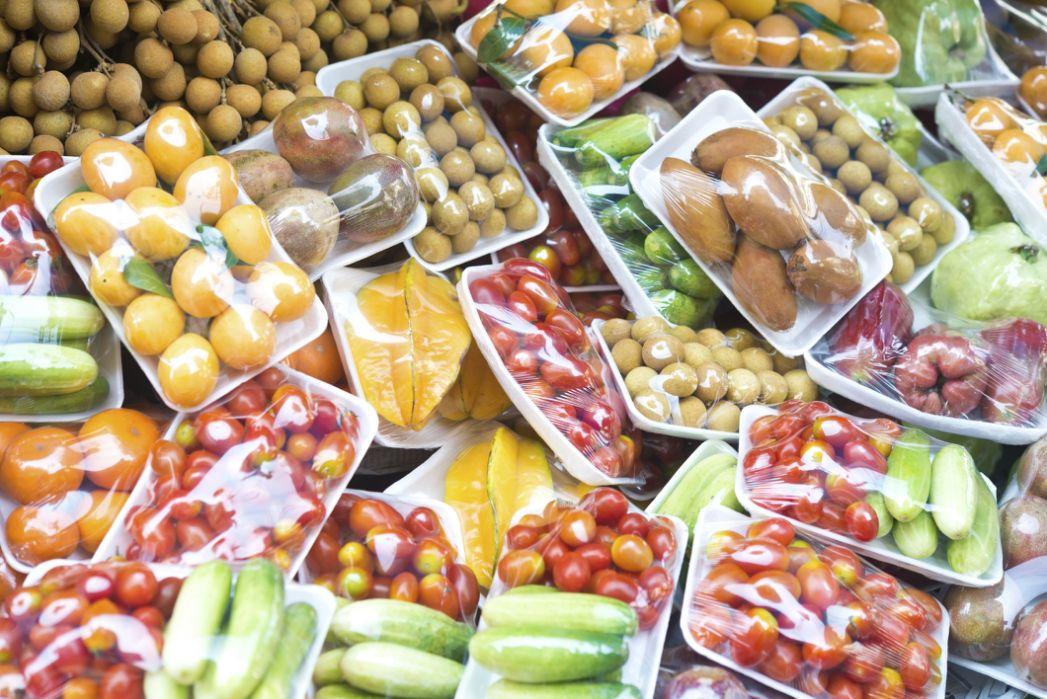 """""""Food Boom"""": de ce producem și cumpărăm prea multă mâncare"""