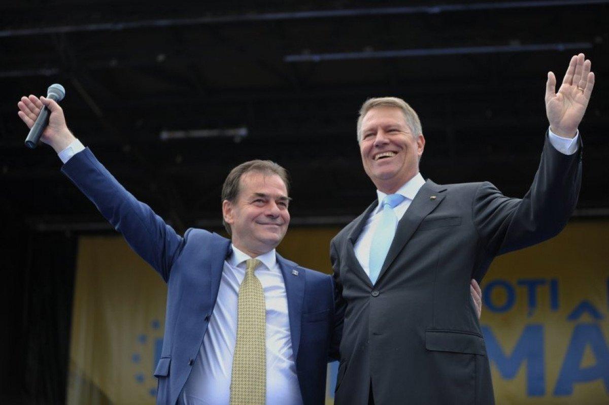 Iohannis îl preferă tot pe Orban pentru funcția de premier. Miza: alegerile anticipate