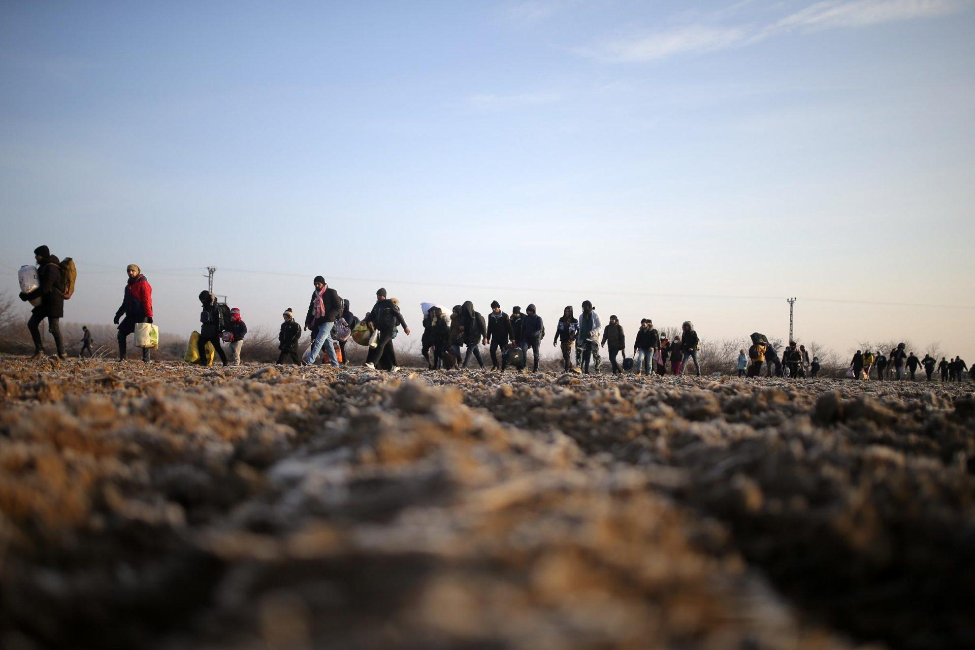 Grecia, față în față cu un val de migranți, susține că a fost victima unui fake news al Turciei