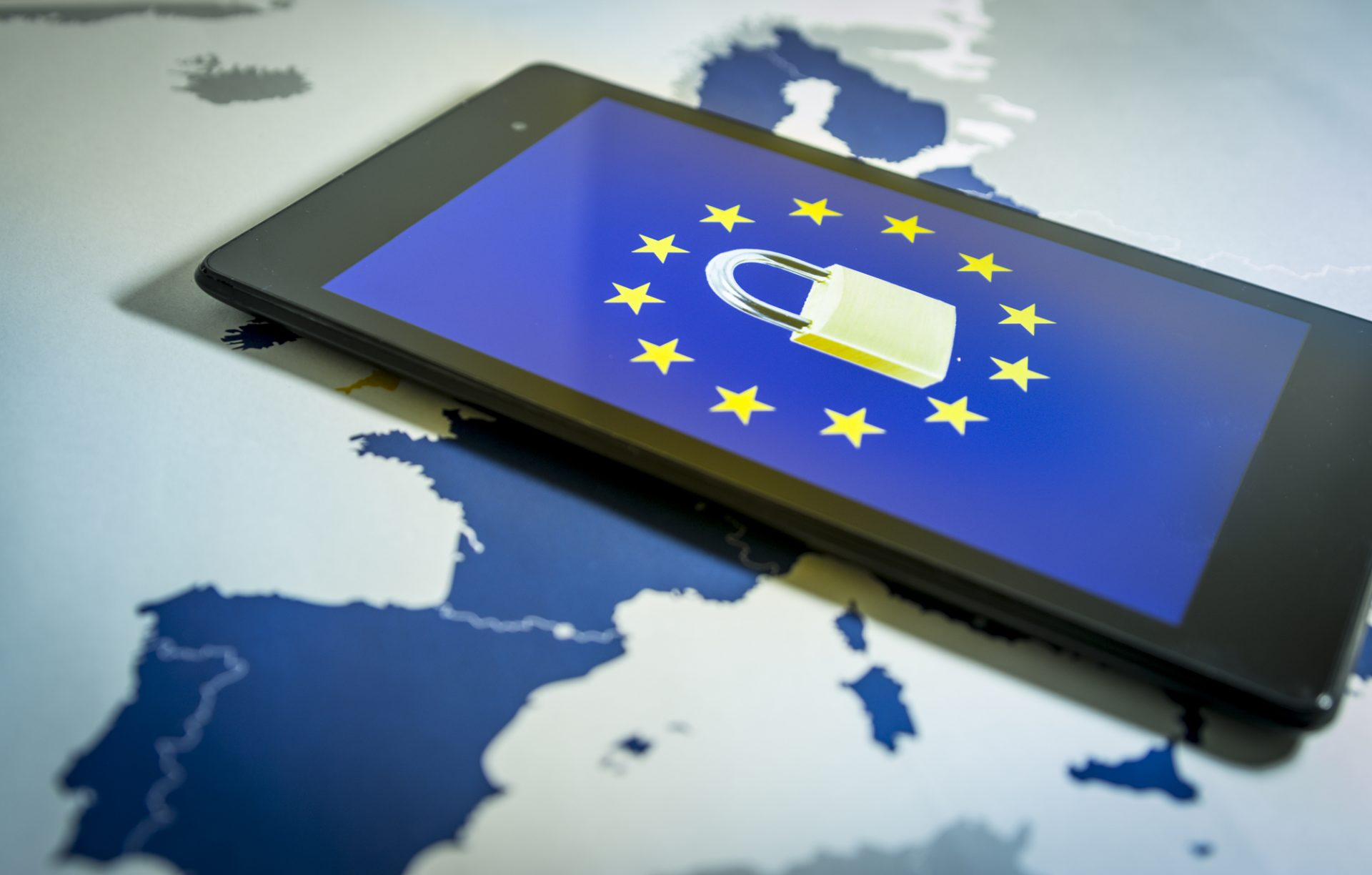 Noi amenzi pentru încălcarea GDPR. Companiile sancţionate: eMAG, Vodafone, Enel şi SOS Infertilitatea