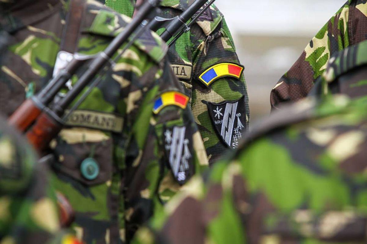 Armata Română și-a făcut TikTok. Ar putea fi aplicația o metodă eficientă de promovare pentru instituțiile statului?