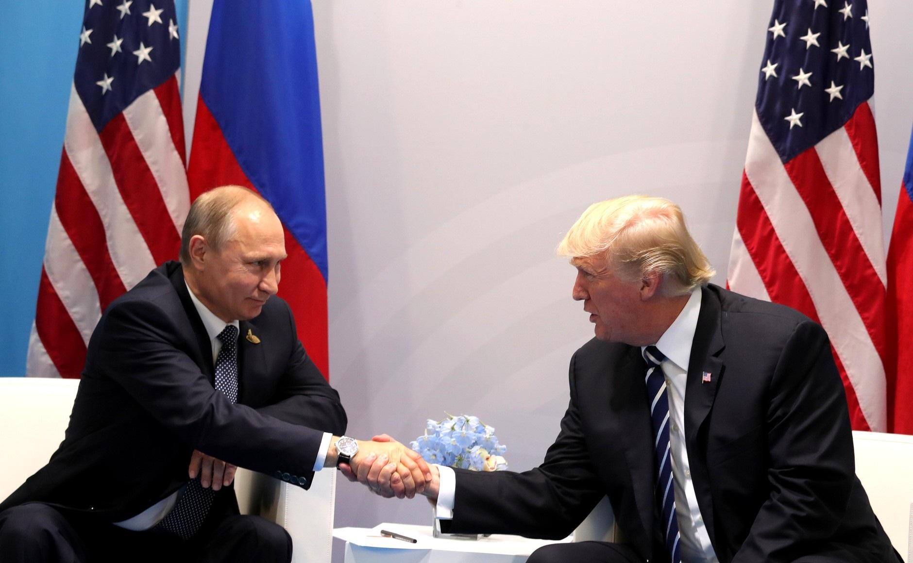 Prietenia dintre Putin și Trump se clatină. Cum comentează liderul de la Kremlin scandalul Hunter Biden