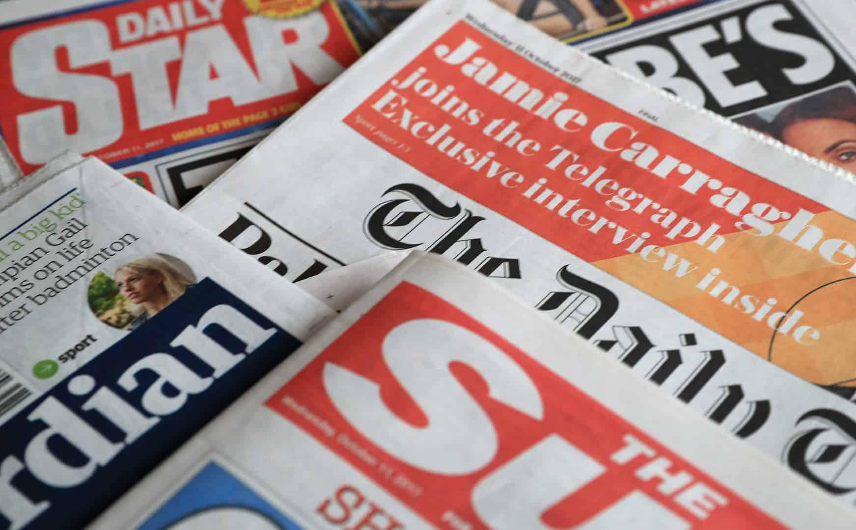 Primele pagini ale presei britanice: între discursul istoric al Reginei și internarea premierului Boris Johnson