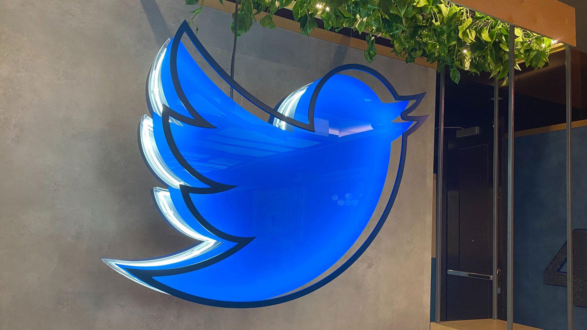 Twitter a vrut mai multă transparență în privința informațiilor furnizate autorităților. Un judecător nu i-a dat dreptate