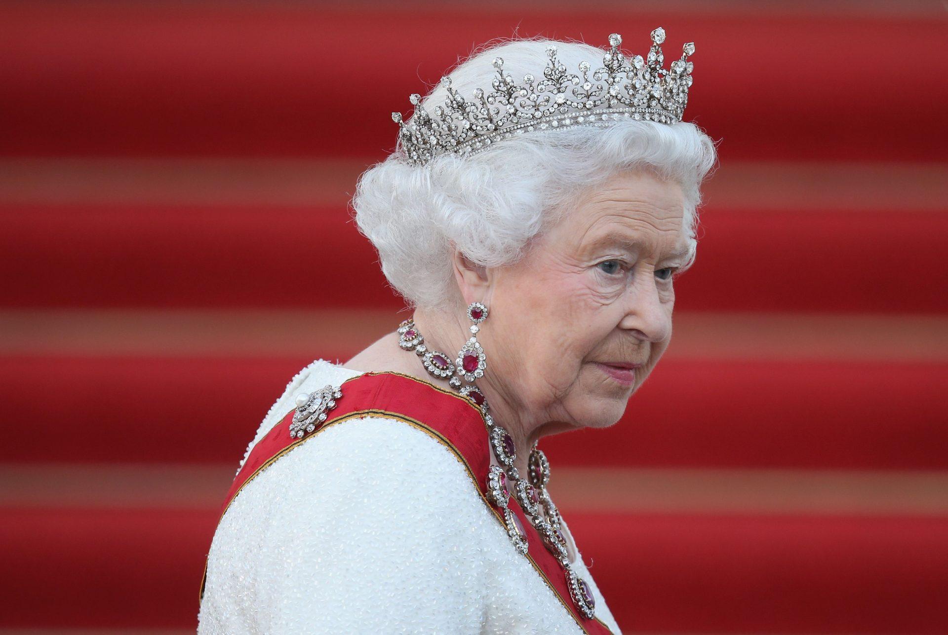 Editiadedimineata.ro:  Regina Elisabeta se retrage din viața publică. Care sunt motivele deciziei fără precedent