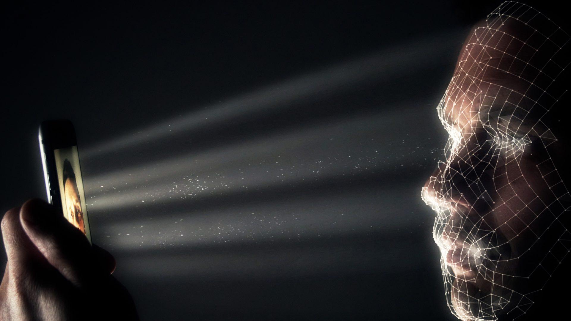 """Tehnologia care promite să """"prezică criminalitatea"""" prin recunoașterea facială, contestată"""