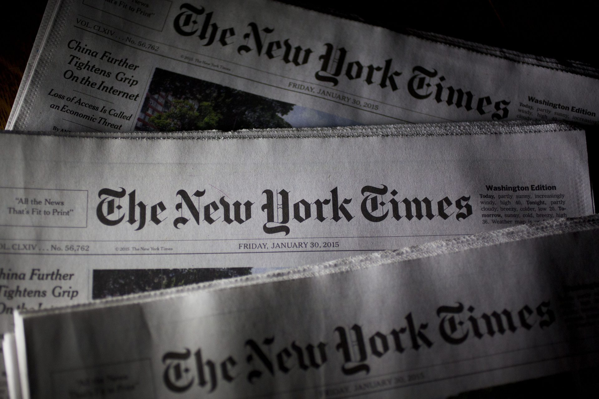 Unul dintre editorii seniori ai New York Times a demisionat din cauza unui articol controversat