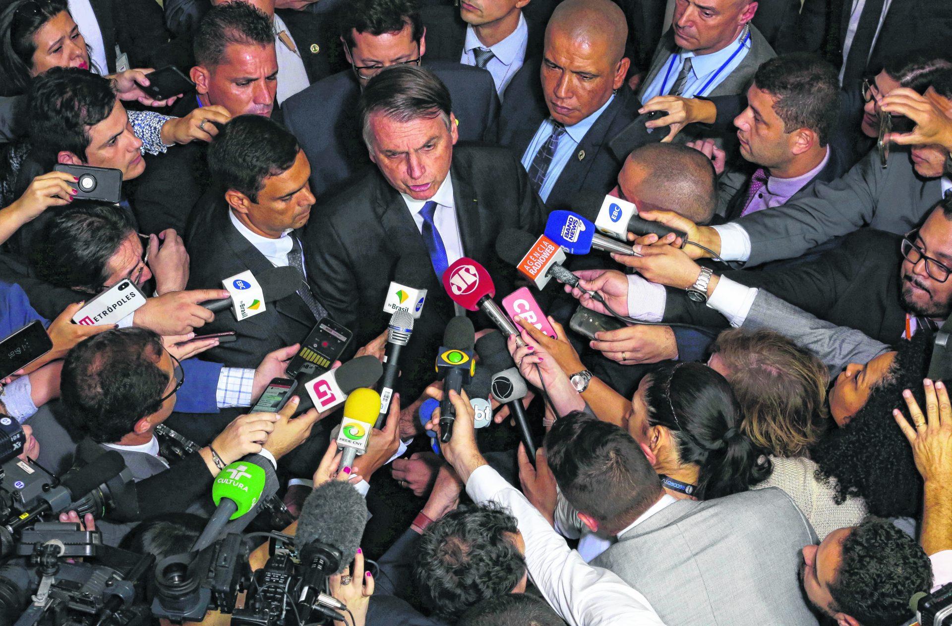 Președintele Braziliei, dat în judecată de jurnaliști pentru că și-a dat masca jos, deși știa că este infectat cu coronavirus