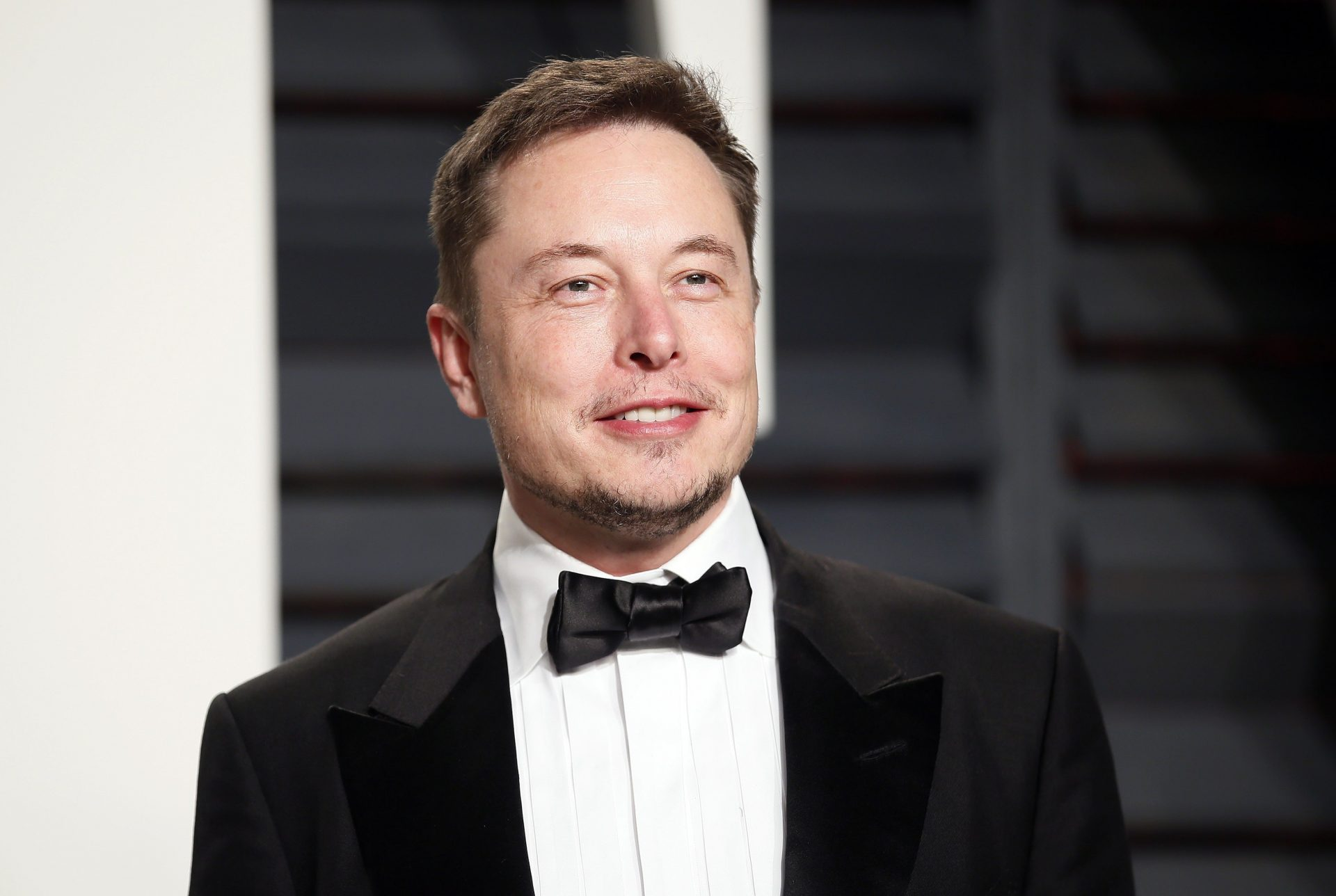 Editiadedimineata: Elon Musk a devenit al patrulea cel mai bogat om al lumii