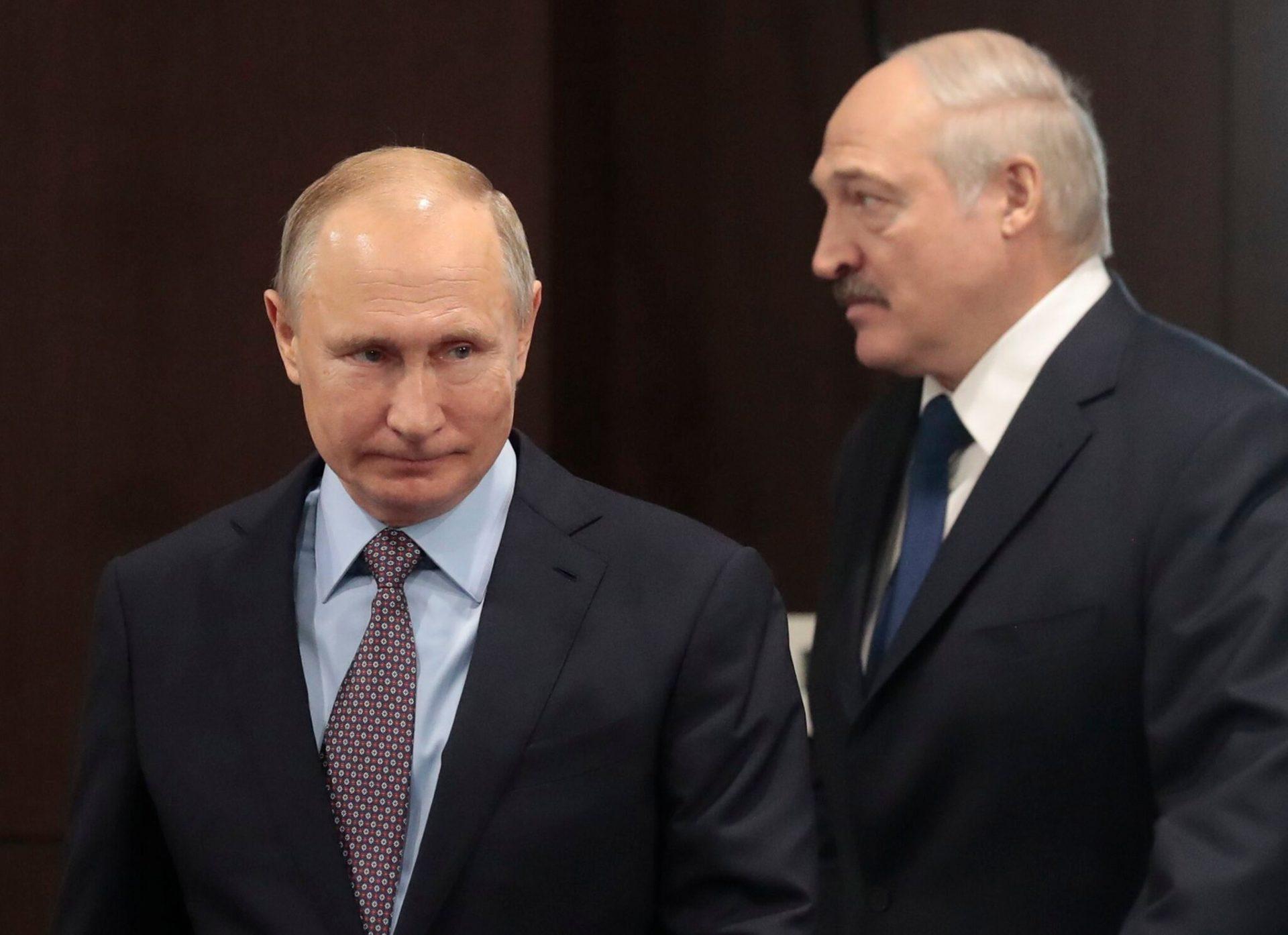 """""""Un prieten are probleme"""". Putin va împrumuta 1,5 miliarde de dolari Belarusiei"""