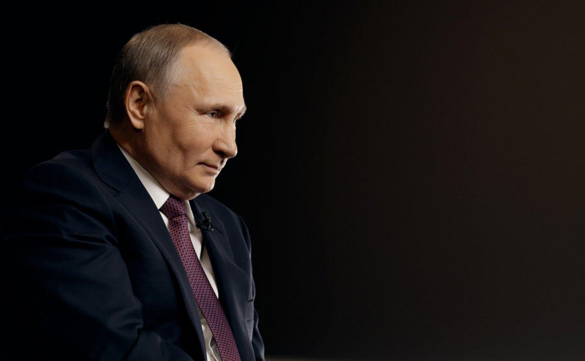 Un jurnalist rus, apostrofat de Putin pentru că a… tușit