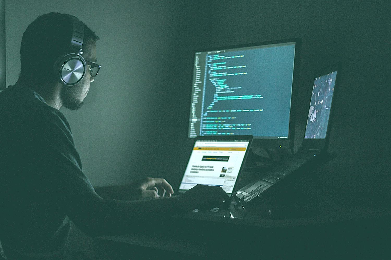 Luna Europeană a Securității Cibernetice: 7 metode de fraudare online. Cum le poți detecta