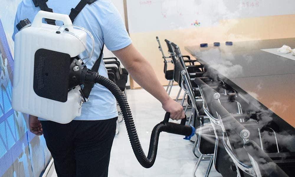Soluții inedite de dezinfectare: tuneluri, nebulizatoare, raze ultraviolete. Ce mai există dincolo de spray sau lichid dezinfectant