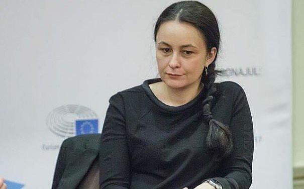 """Libertatea pierde unul dintre colaboratori. Sidonia Bogdan: """"Îmi voi reactiva blogul în viitorul apropiat"""""""