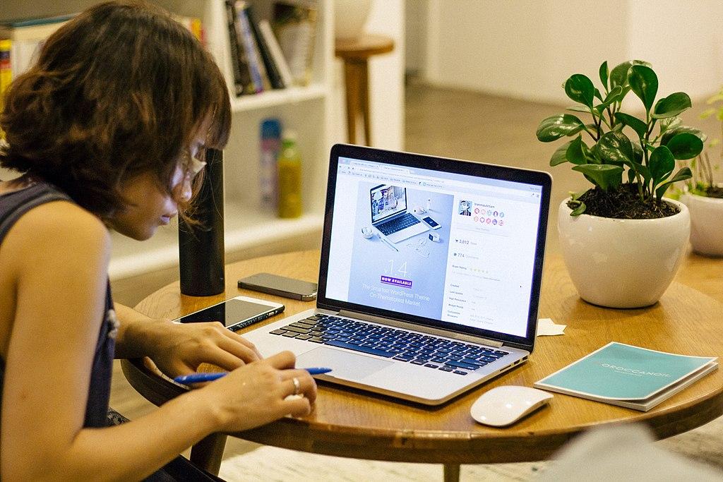Aplicațiile de supraveghere a examenelor online pot da rateuri