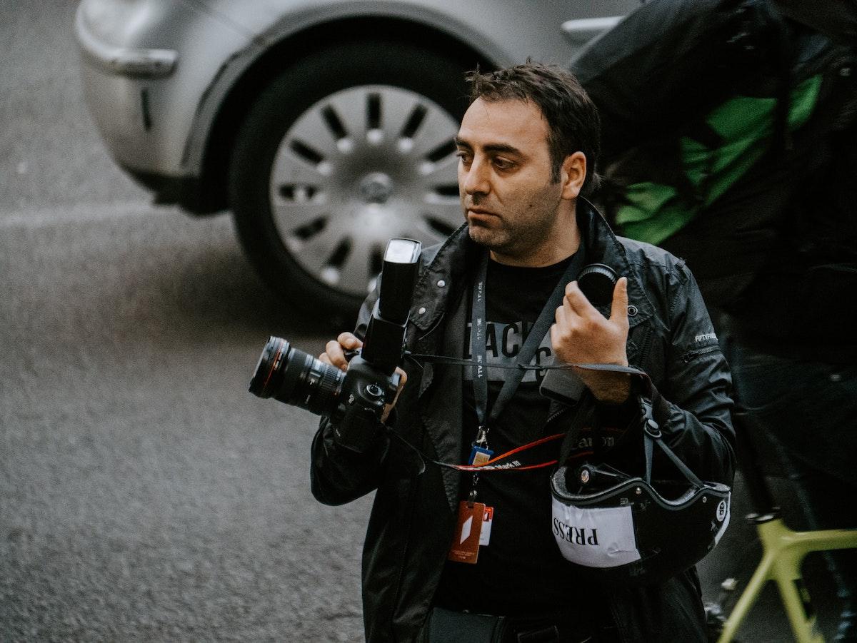 O lege franceză despre securitatea globală amenință libertatea presei