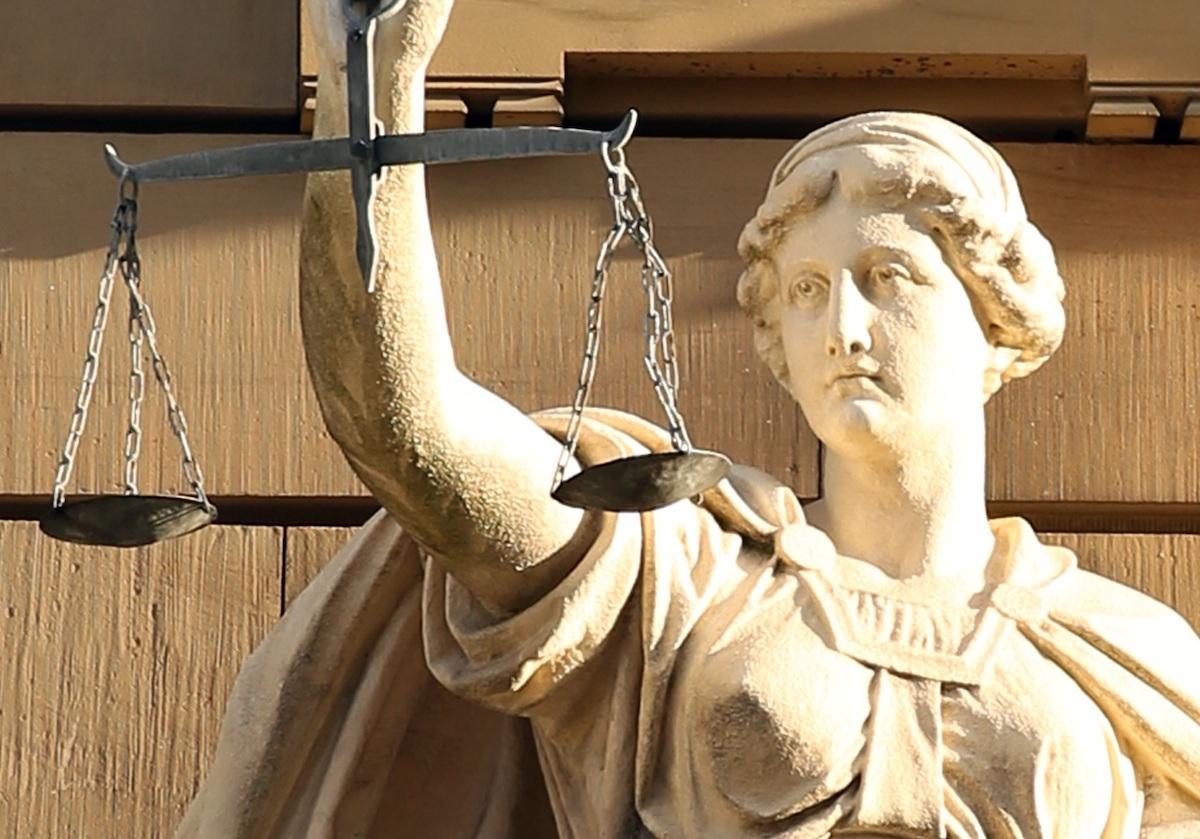 Discriminarea în presă atrage amenzi. Cazurile Cristian Tudor Popescu, Oreste Teodorescu și Dilema Veche