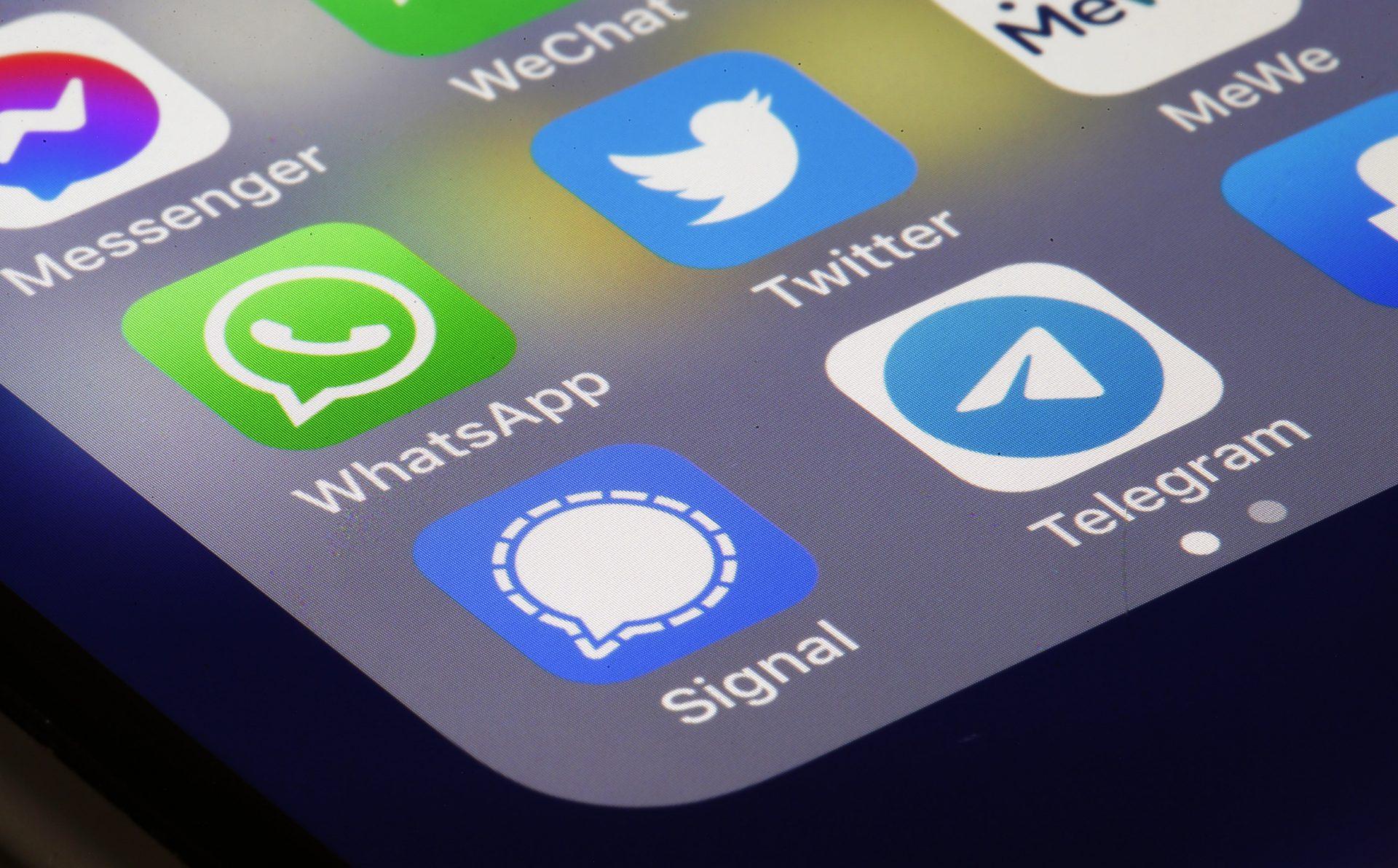 Telegram și Signal câștigă utilizatori datorită noii politici de confidențialitate a WhatsApp
