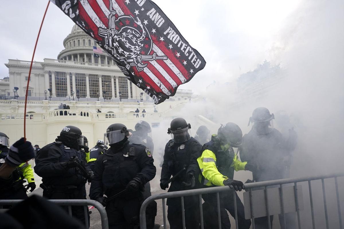 Cum s-a văzut în presa internațională asaltul Capitoliului de către susținătorii lui Trump