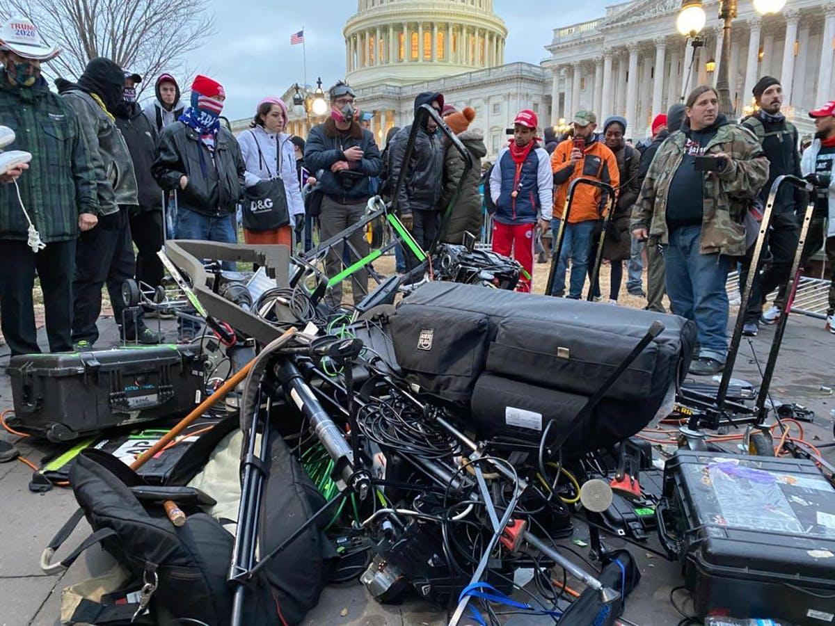 Protestatarii pro-Trump au transfigurat presa într-un inamic