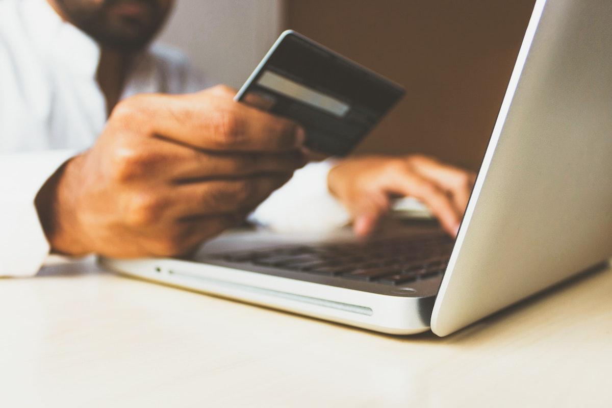 Sfaturi pentru redacțiile care caută noi surse de finanțare